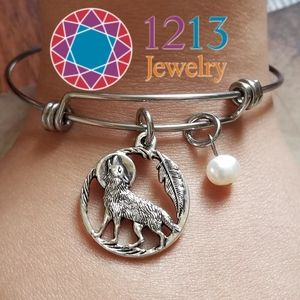 Artist Created PEARL Wolf Bracelet Expandable